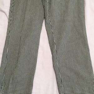 Very Nice Women's Size 14 Trouser Pants (NY&Co.)